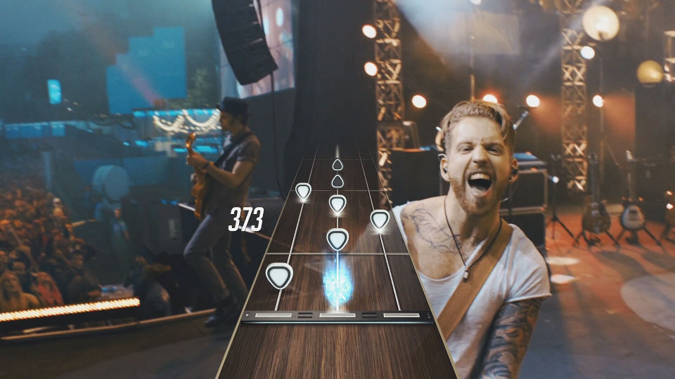Activision、WiiUにも対応する『Guitar Hero Live』を発表。世界初のプレイ可能なミュージックビデオや、実際にステージに立つ感覚を体験できるシリーズ最新作