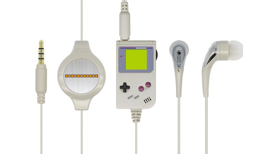 初代ゲームボーイデザインのマイクユニットを搭載したイヤホン「レトロGBイヤホンマイク」が11月に発売