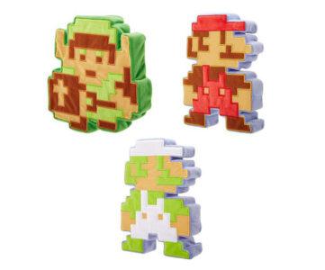 ドットマリオクッションを思い出す、8ビットマリオ/ルイージ/リンクのぬいぐるみが「World of Nintendo」に登場