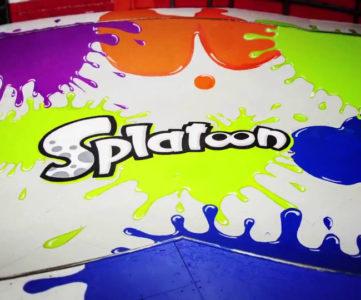 WiiU『Splatoon(スプラトゥーン)』のナワバリバトルをイメージして彩られたスケートパーク