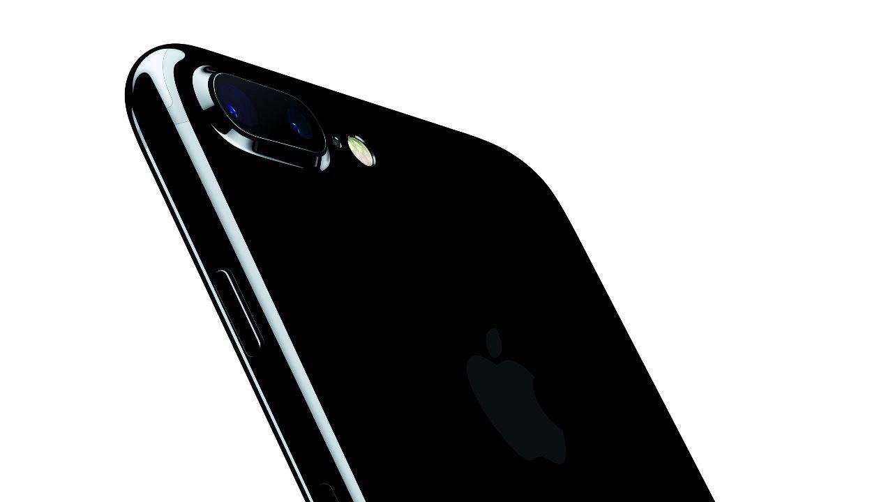 Appleの2016年7-9月期は減収減益、iPhone販売減が響く。サービス関連は拡大