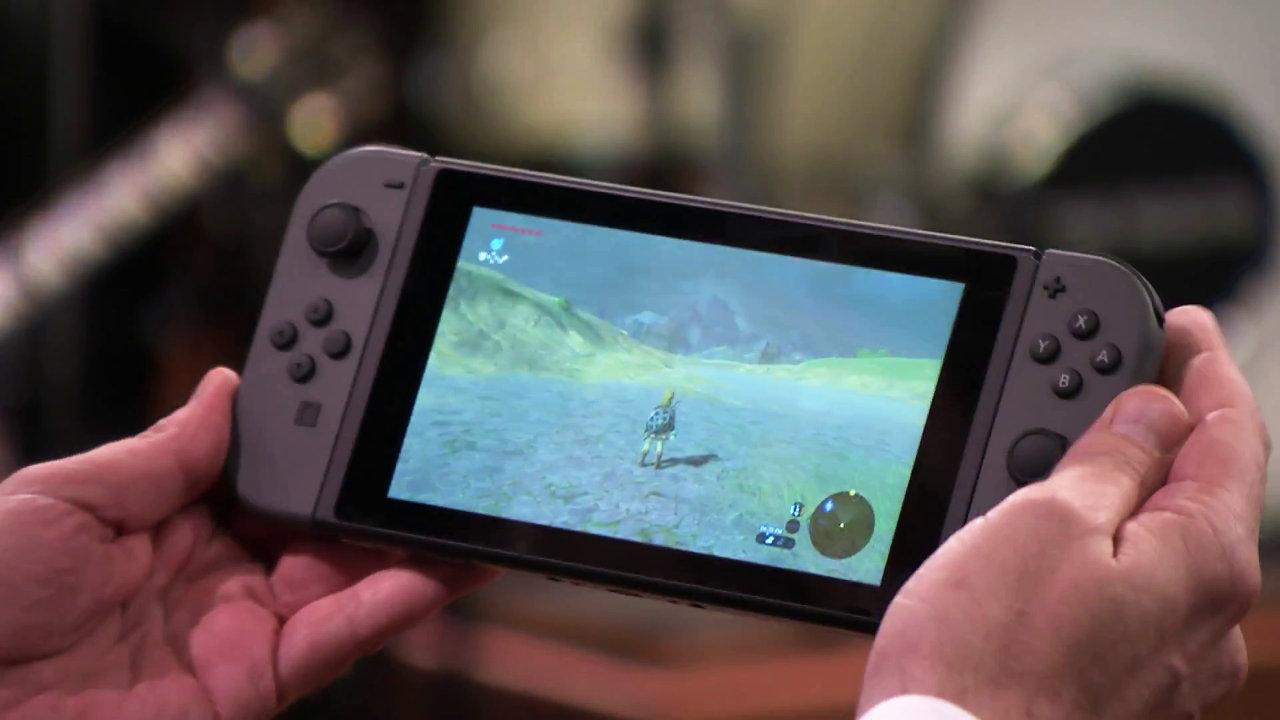 米任天堂レジー社長、Nintendo Switch の実機ゲームプレイを披露。宮本氏とバンドのセッションも