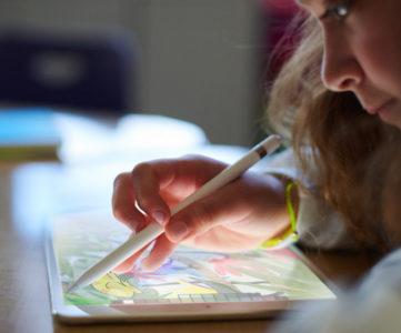 9.7 インチ iPad (第6世代) と 10.5 インチ iPad Pro の違い。性能を比較してみた