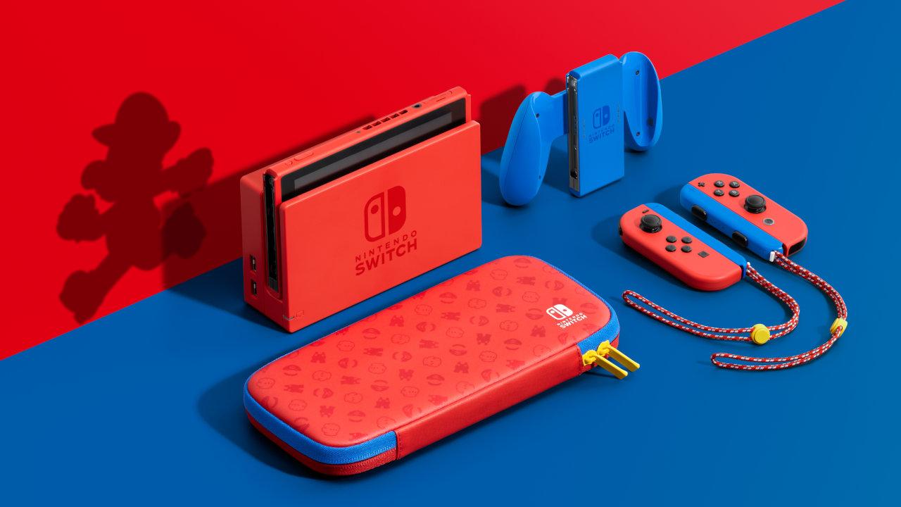 赤いNintendo Switch、マリオカラーのスイッチ本体セットが登場。キャリングケースと画面保護シートも付属